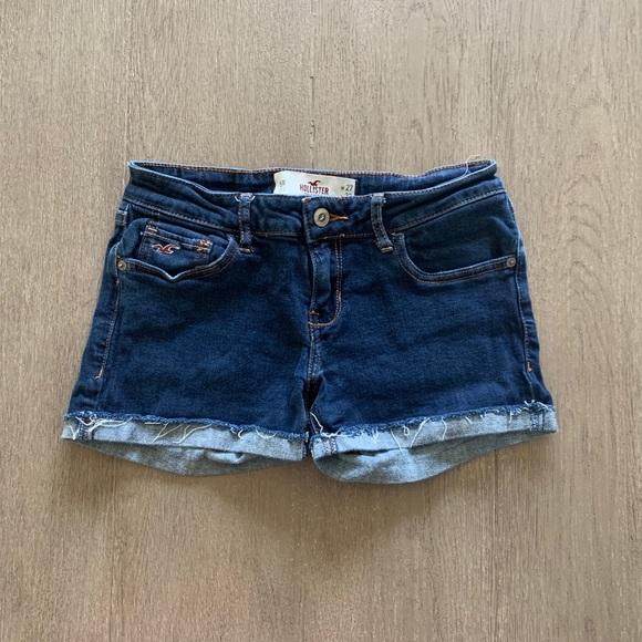 Hollister Pants - Hollister shorts